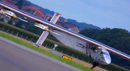 Güneş Enerjili Uçak