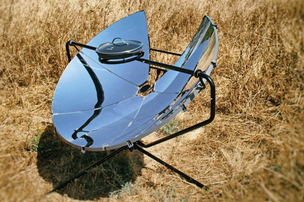 Güneş ocağı; güneş enerjisi ile yemek pişirmek bu ocaklar ile mümkün