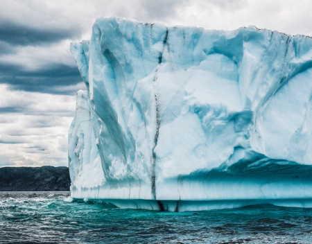 Küresel Isınma sebebiyle buzullar eriyor!
