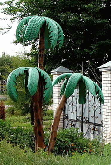 Eski araba lastiklerinden palmiye ağacı